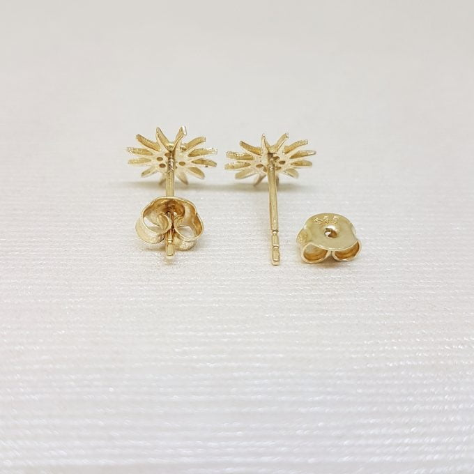 14K Gold Sun Stud Earrings Decorated with Zirconia Stones Tiny Dainty Delicate Charm Trendy The best way to say You are my sun shine for women jewelry girlfriend mom