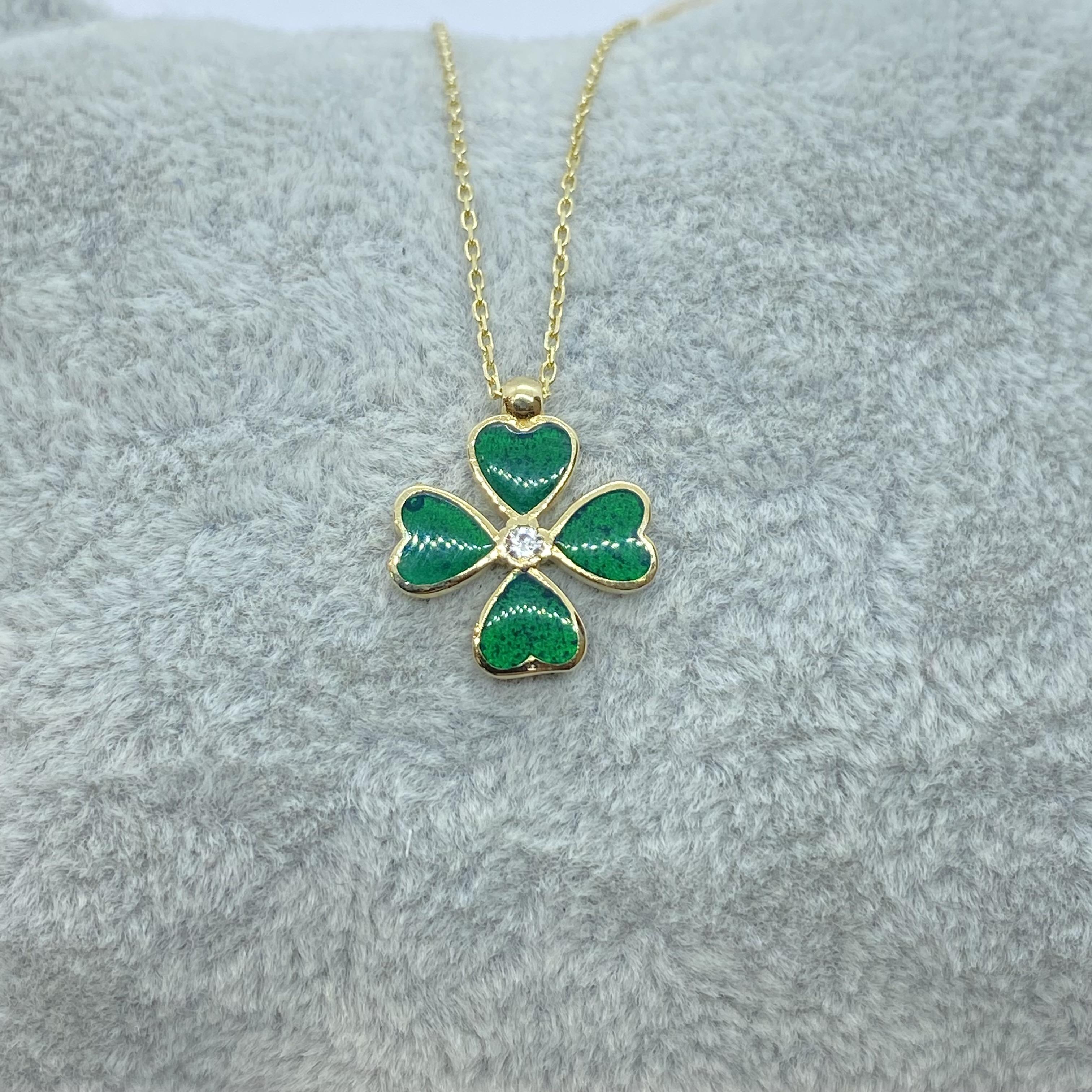 14K Solid Gold Four Leaf Clover Necklace for Women , Clover Jewellery , four leaf clover necklace